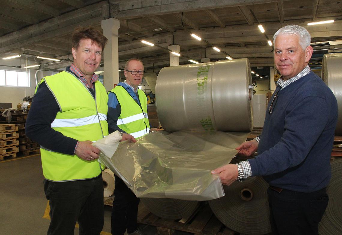 Fabrikken på Dagø produserer også plastsekker.