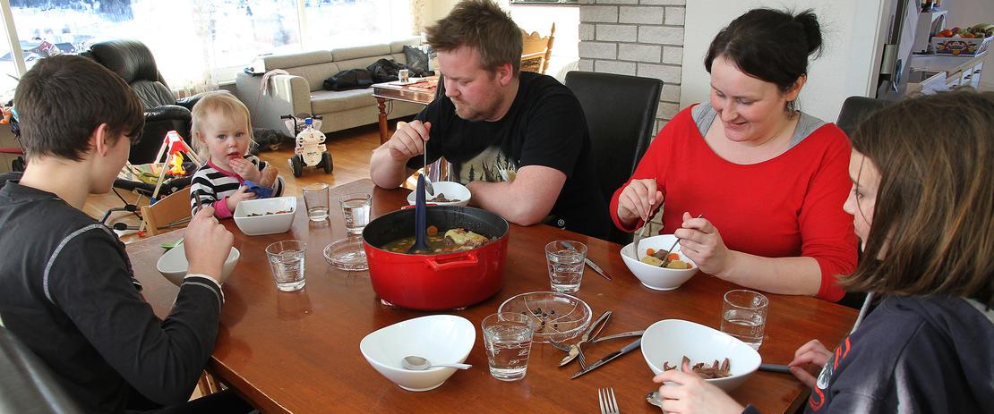 Familien Olsen/Storå kaster mindre mat.