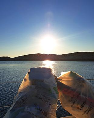 båt i solnedgang